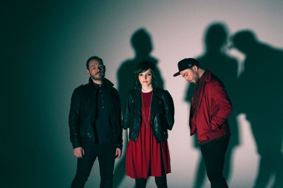 Chvrches - Elliot Lee Hazel