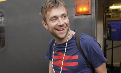 Damon Albarn sports an Intercity logo on his T-shirt